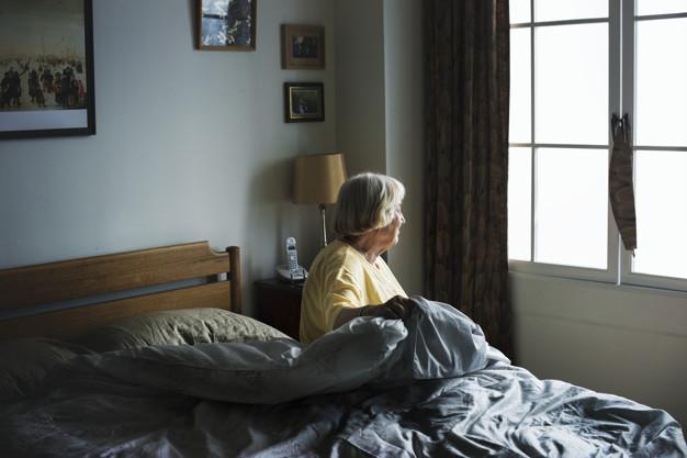 Como prevenir os danos colaterais da pandemia na saúde dos idosos?