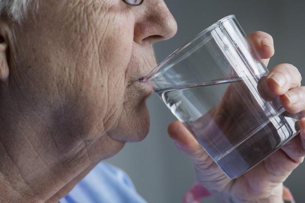 Como prevenir o câncer de pele em idosos?