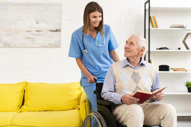 Cuidadora de idosos: uma nova e nobre profissão