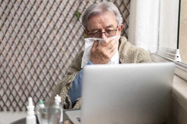 Isolamento prolongado na pandemia deixa impactos na saúde dos idosos